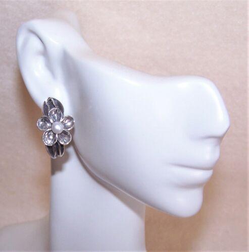 Vintage Sterling Silver Cultured Pearl Made in Israel Flower Hoop Earrings