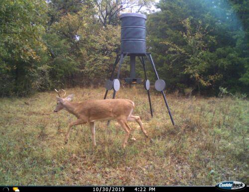 Raccoon Deterrent for Deer Feeders,3- leg Kit