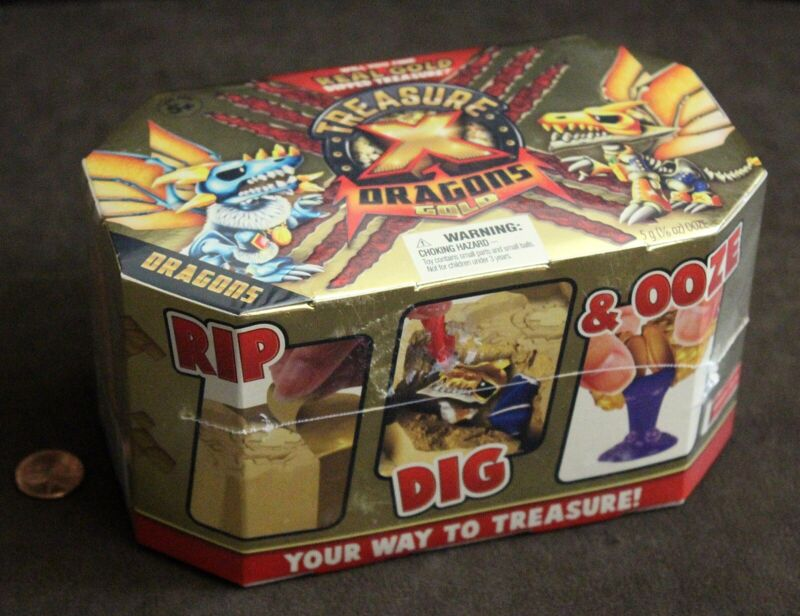 Deluxe Dragon Figure Treasure X Quest for Dragons Gold