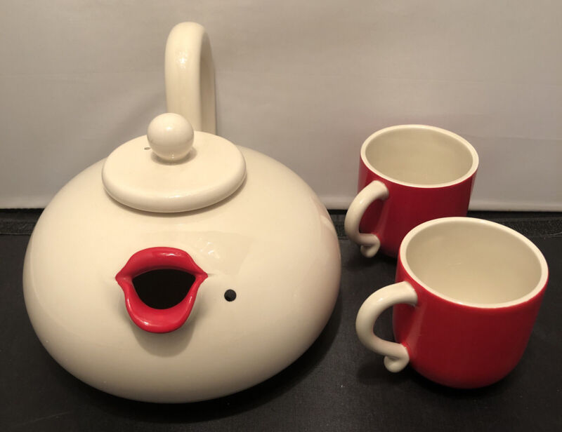 Vtg. 1978 FITZ AND FLOYD LIP SERVICE MARILYN MONROE RED LIPS CERAMIC TEAPOT/Cups