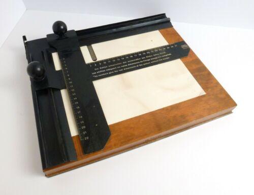 Vintage Leitz Wetzlar 22x27cm Enlarging Easel