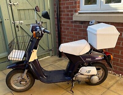 Honda Melody Deluxe 50cc Scooter, Road legal, Running 1982 collectible Moped