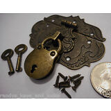 Small Chest Hasp With Lock and Keys - Reproduction Jewelry Box Hasp - Latch ><>