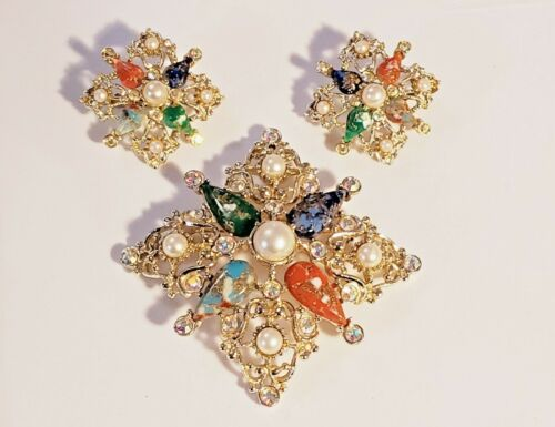"""Sarah Coventry 1962 """"Galaxy"""" Colorful Faux Stone Brooch and Clip-On Earrings"""