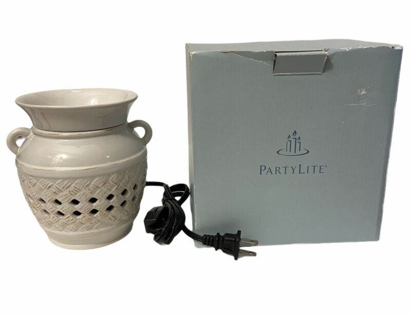 NIB PartyLite French Simplicity Scentglow Electric Warmer P90455