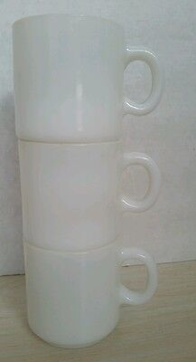 Vintage Set of 3 Plain White Milk Glass Coffee Mug Cups Unmarked Lot Stackable