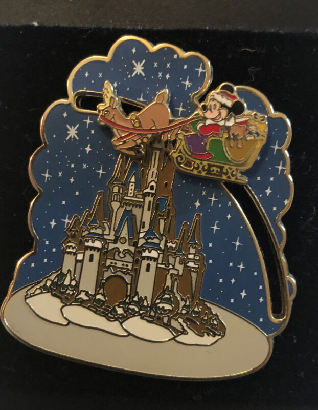 Mickey Mouse Riding Santas Sleigh Christmas Pin - Disney Trading Pin