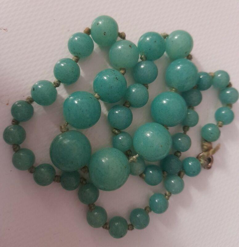 Antique Art Deco Czech Peking Green Glass Jade Graduated Necklace Hand Knotted