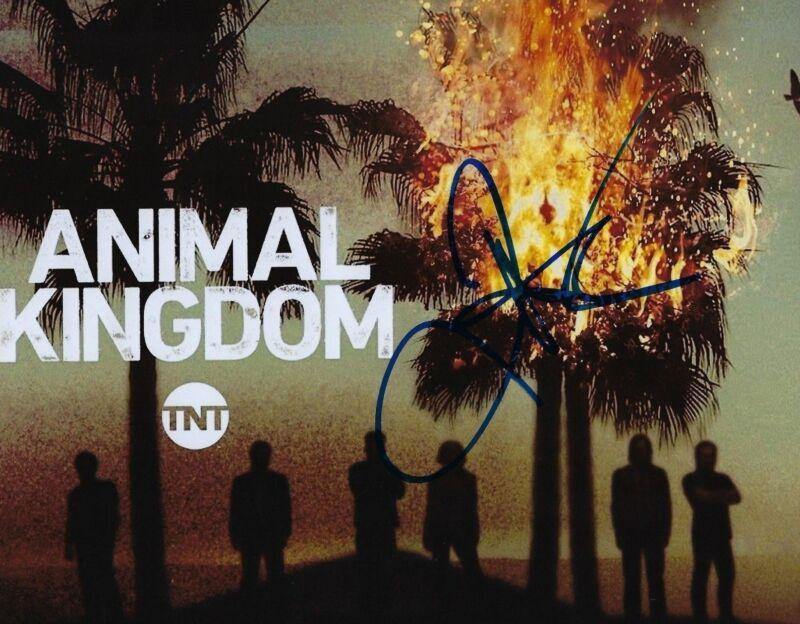 GFA Animal Kingdom Deran * JAKE WEARY * Signed Autograph 8x10 Photo AD2 COA
