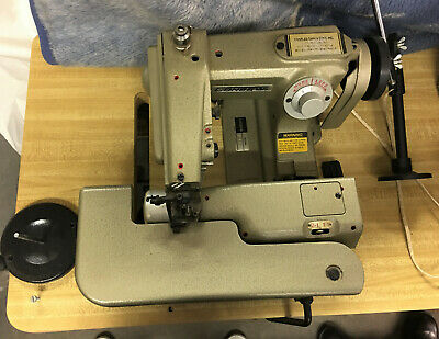 Consew Commercial Working Sewing Machine Blind Stitch Model 817 And Table