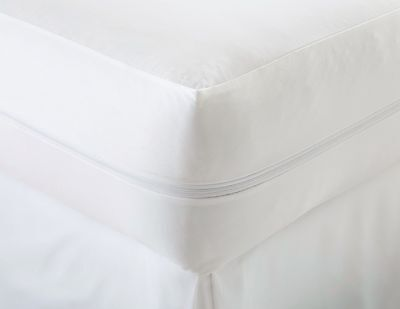 premium bed bug mattress protector by zippered