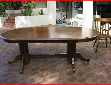 Dining Table and 4 chairs Maida Vale Kalamunda Area Preview