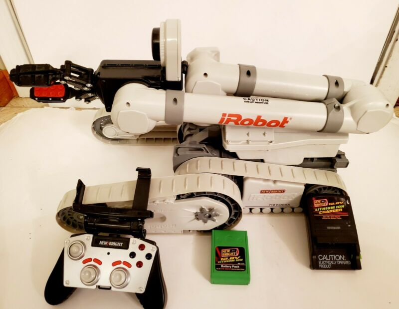 iRobot Endeavor Tactical Ops 710 KOBRA W/Video Camera  (SEE VIDEO)