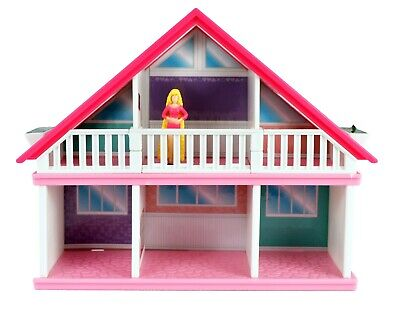 World's Smallest Barbie Dreamhouse