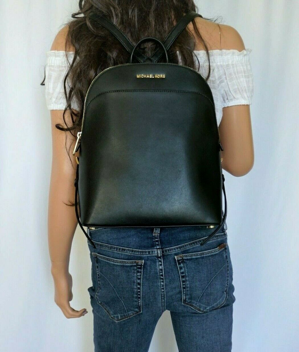 MICHAEL KORS EMMY LARGE DOME BACKPACK SMOOTH LEATHER BLACK/G