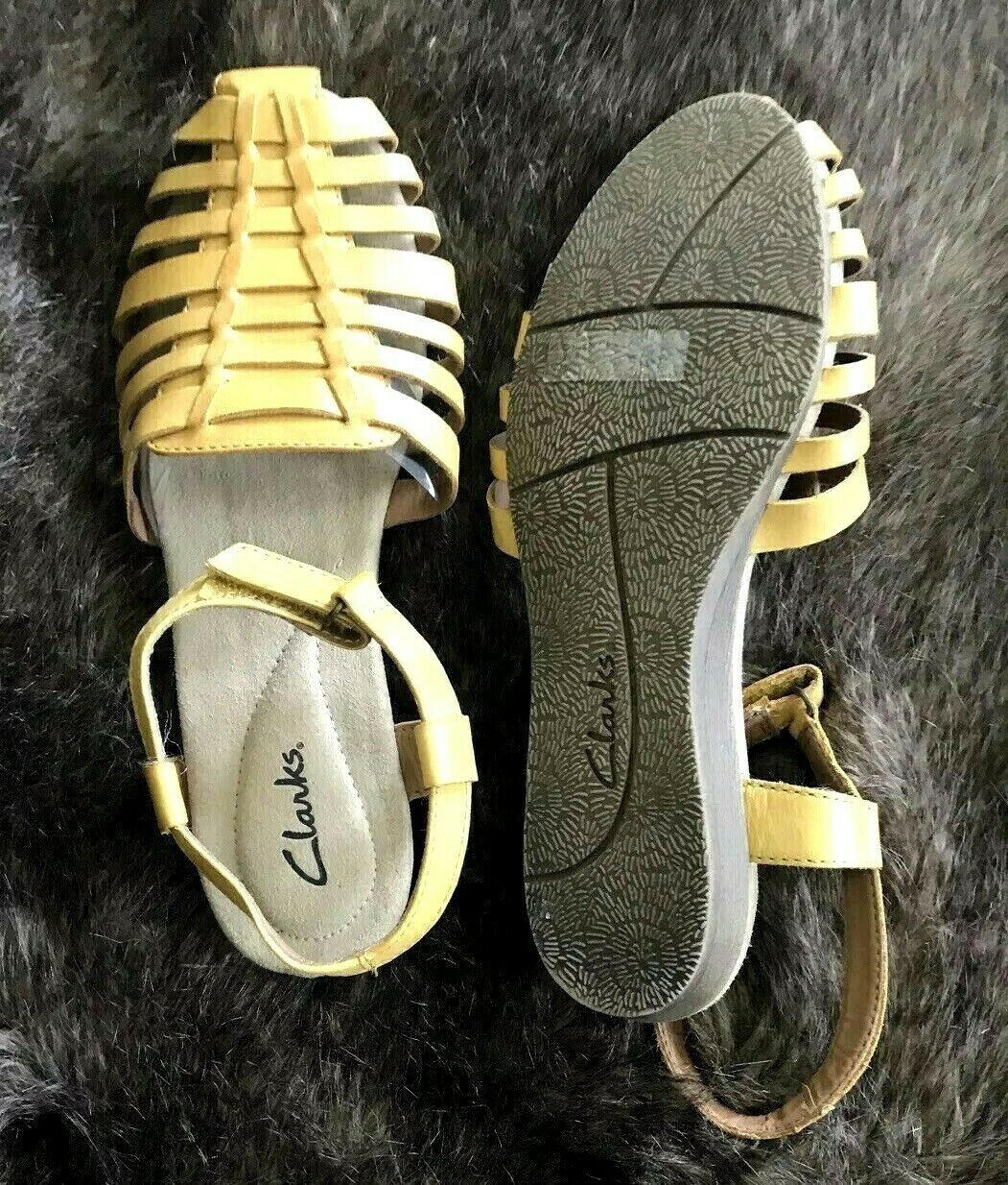 Clarks Mustard Yellow Leather Strappy Ankle Strap Sandals Si