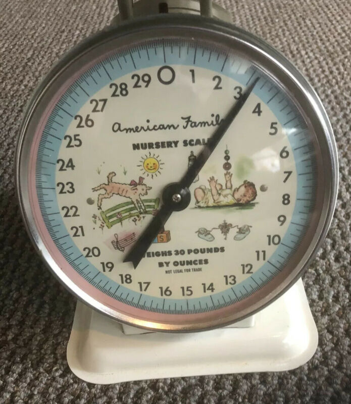 Vintage American Family Nursery Scale 30 Lbs White, Removable Top, Super Nice !!