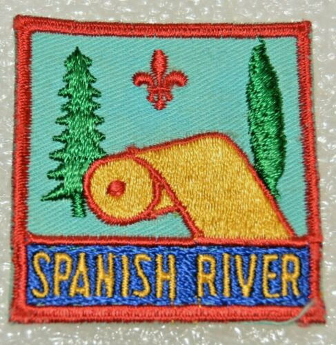 SPANISH RIVER DISTRICT Blue Embroidery Behind Name Boy Scout Badge Cdn.(ONS19A)