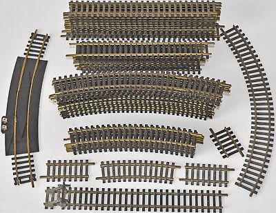 (807) 44 PIECES OF HO FLEISCHMANN & OTHER NICKLE TRACK (USED)
