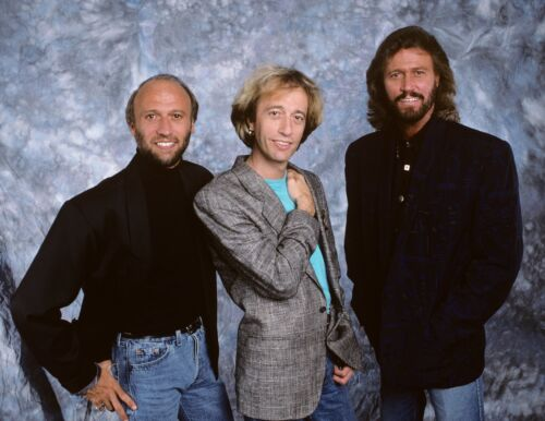 THE BEE GEES - MUSIC PHOTO #89