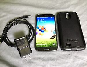 Unlocked Samsung Galaxy S4 in Excellent Condition & Otter Box