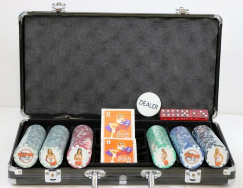 HOOTERS CASINO LIMITED EDITION POKER SET CASED - 300 CHIPS,DICE,PLAYING CARDS