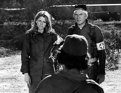 THE BIONIC WOMAN - LINDSAY WAGNER - TV SHOW PHOTO #82