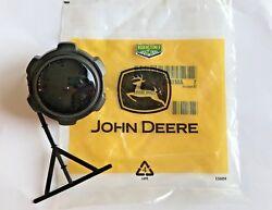 JOHN DEERE OEM FUEL TANK CAP AM104032 STX30 RX 73 SX75 SX95 SRX75 SRX 85 SRX95