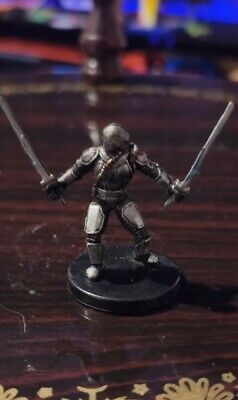 Star Wars Miniatures Mandalorian Blademaster 56/60 +Card Bounty Hunters Free P&P