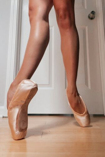 brand new freed pointe shoes size 5  xx ballet dance