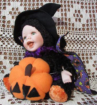 Halloween Witch Faces Pumpkins (HALLOWEEN BabyDoll Witch SHOWSTOPPPERS Porcelin Face Hands Stuffed Body Pumpkin)