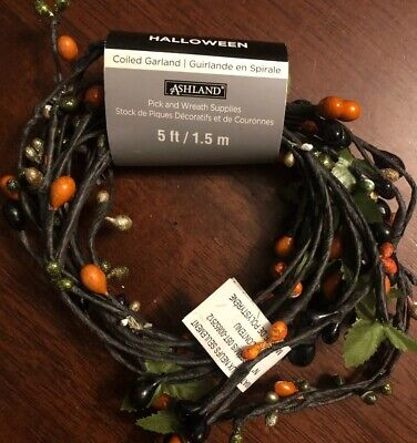 Fall Accents (Fall/Autumn Halloween Accents Coiled Garland by Ashland Berries 5ft 1pc New )