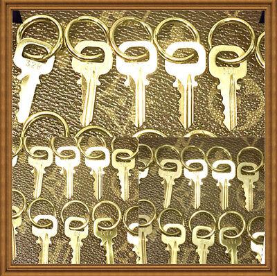 Key Ring Padlock - 💯% Authentic Louis Vuitton ONE Key w/ Ring Gold Tone For LV Lock / Padlock