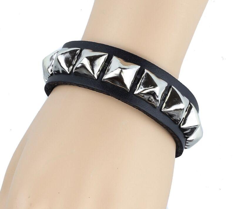 Single Row Silver Pyramid Stud Punk Gothic Bikers Metal Genuine Leather Bracelet