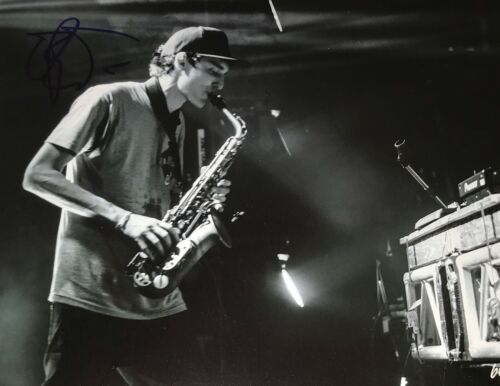 Griz DJ Electronica Dance Signed 8x10 Photo Autographed COA E3