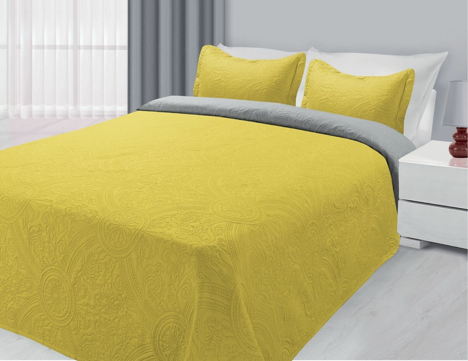 reversible quilted bedspread embossed 3 piece coverlet