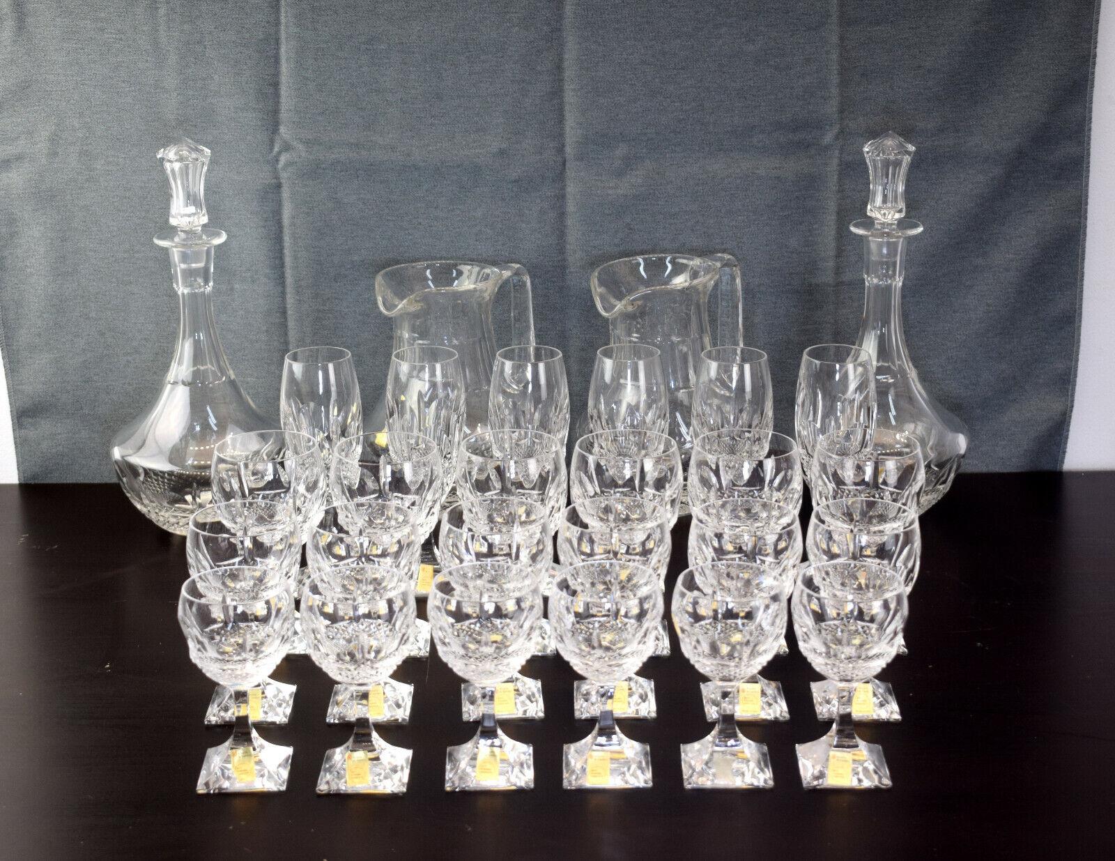 Set di bicchieri per 6 persone, 2 brocche e 2 bottiglie, Arnolfo di Cambio