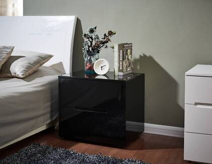 Pair of white high gloss bedside drawers bedside tables gumtree new high gloss black bedside table 2 drawer pull out design watchthetrailerfo
