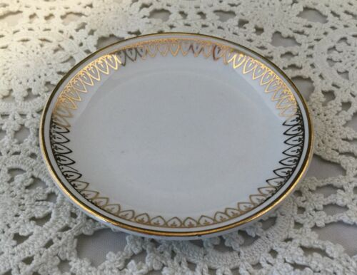 """Antique Alfred Meakin Butter Pat-3 1/4""""-England.                           #1855"""