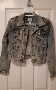Women Forever 21 Medium Acid Wash Demin Jean Jacket Fall Size Me