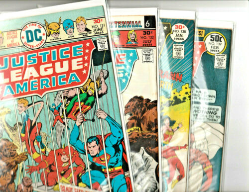 JUSTICE LEAGUE of AMERICA Lot of 5 Vintage Comics (VF/NM)