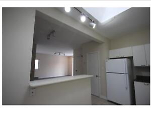 750 Maitland Street Unit #4 -  Close to Downtown 3 Bedroom 1.5 B