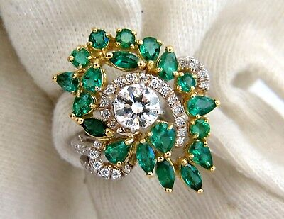 GIA certified 4.06ct. Emerald & Diamonds Cocktail Cluster ring 18kt 6