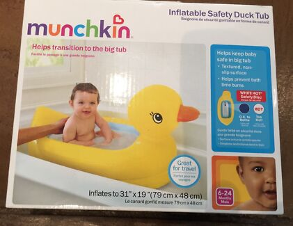 New Munchkin Inflatable Safety Duck Bath Tub