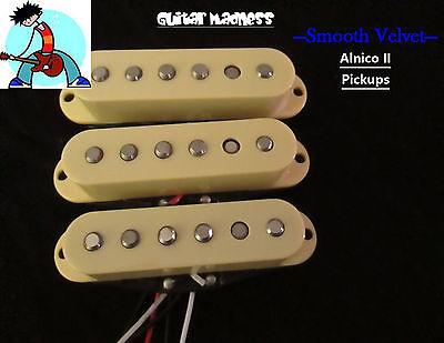 G.M. Smooth Velvet  Alnico II Single Coil Set (Cream) for Fender Stratocaster