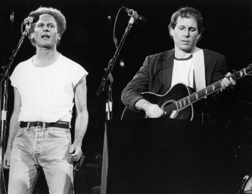 Simon & Garfunkel -  MUSIC PHOTO #4