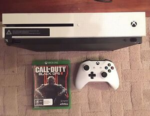 Xbox one s 500GB PLUS one game East Geelong Geelong City Preview