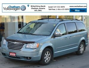 2009 Chrysler Town & Country Heated Seats Touch Screen Dual DVD Screens