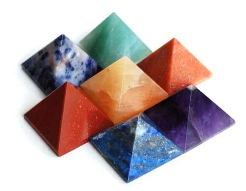 Set di 7 Chakra Piramide Pietra Cristallo Guarigione wicca NATURALE spiritualità