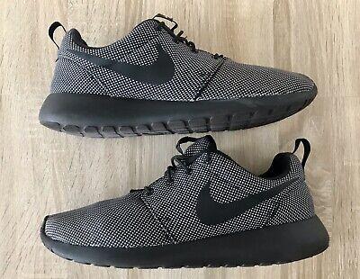 Nike Roshe Run One Premium 525234-005 Trainers Size UK 9